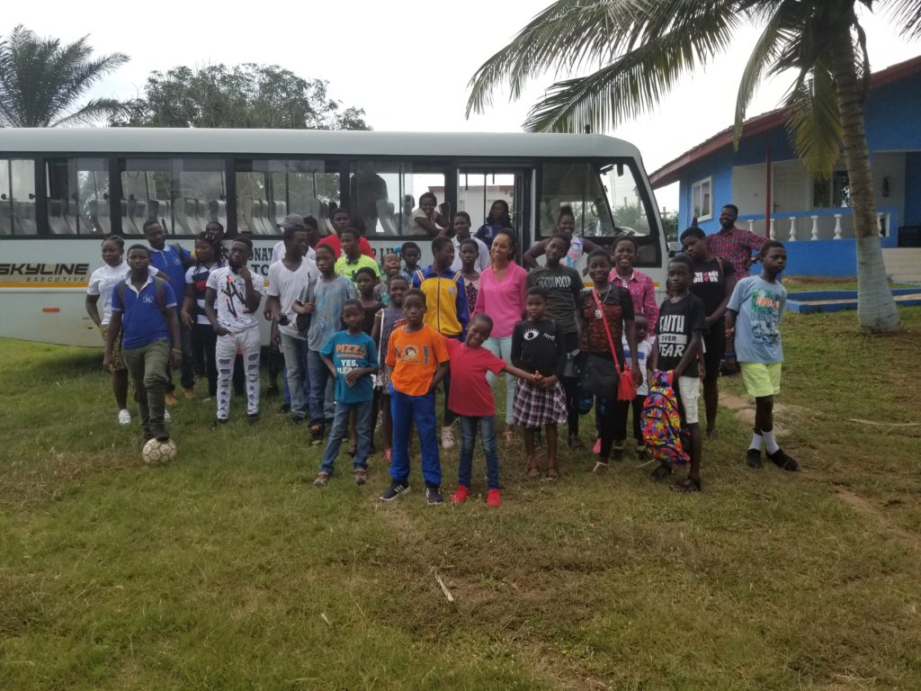 Kinder-Paradise-Afrika-Trip