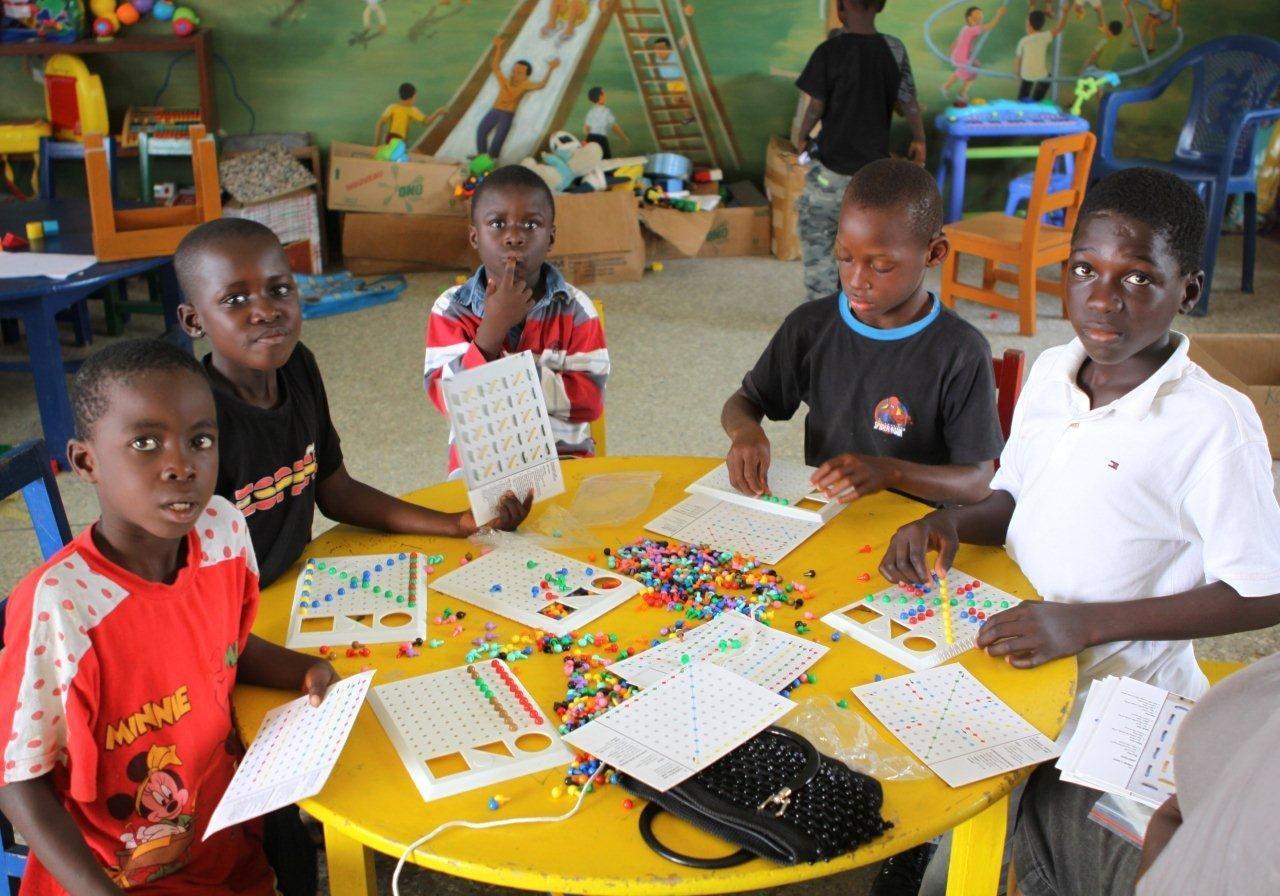 Tageszentrum-Afrika-Kinder-Paradise